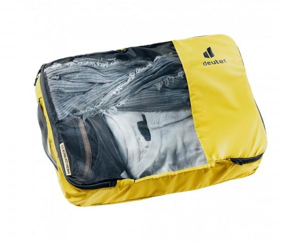 Deuter Mesh Zip Pack 10 pack sack PFC-free   turmeric-black